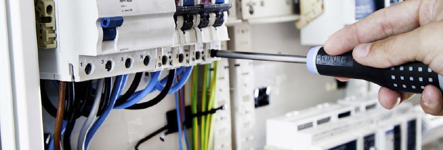 Elektro-und-Datentechnik-4